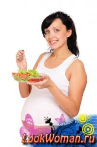 Британские ученые посоветовали женщинам не отказывать себе в еде